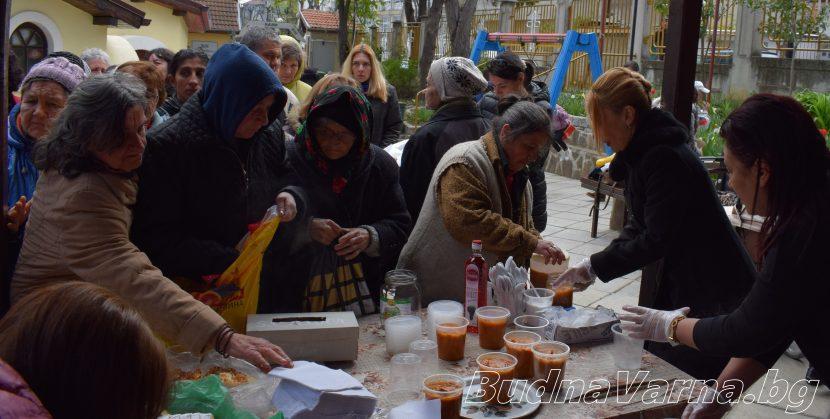 Акция безплатен обяд се проведе в Аспарухово