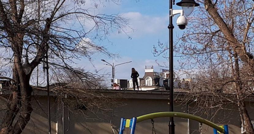 Деца превърнаха Козирката в центъра на града в площадка