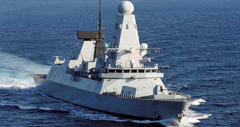 Британски боен кораб на визита във Варна