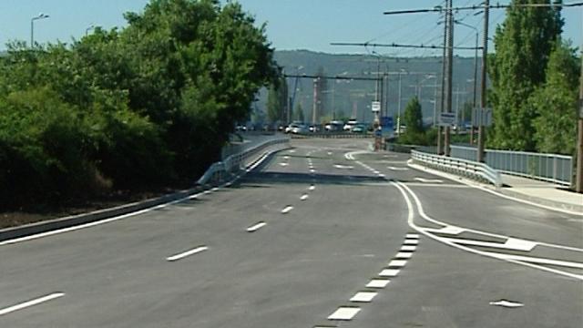 Отварят Аспаруховия мост утре по обяд
