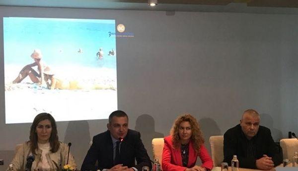 Ангелкова във Варна: Работим за ограничаване на сивия сектор в туризма