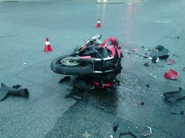 """Моторист едва не се преби заради пиян пешеходец в """"Аспарухово"""""""