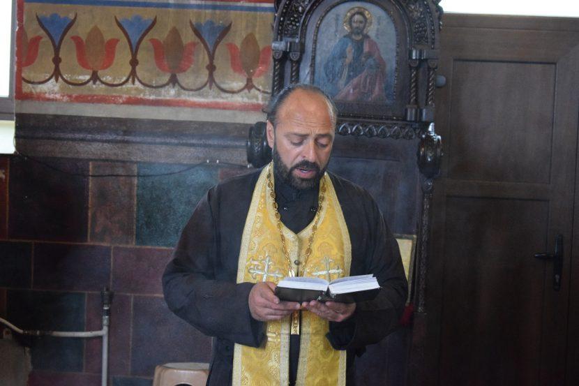 """С молитва почетоха паметта на загиналите при наводнението в """"Аспарухово"""""""