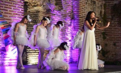 """Детски музикален фестивал """"Златни искри"""" събира във Варна деца от 5 държави"""