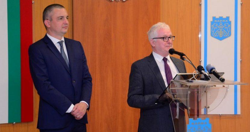 Посланикът на Ирландия: Варна върви по правилния път