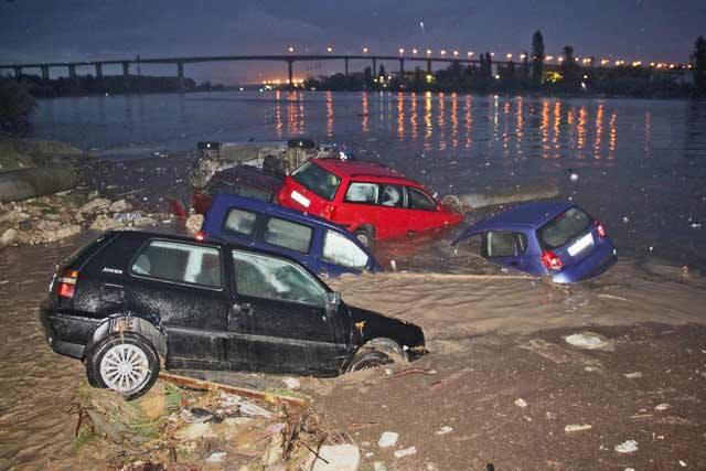 """Природен феномен е предизвикал голямото наводнение в """"Аспарухово"""" през 2014-а"""