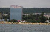 Управителка на фирма измами руско семейство за близо 300 000 лева на Златните