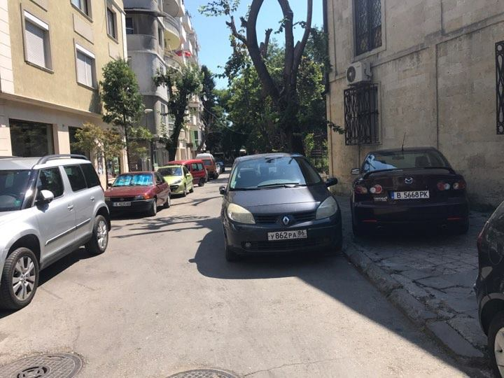 Така се паркира! Браво!