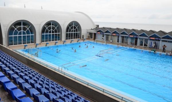 Започва държавно първенство по синхронно плуване