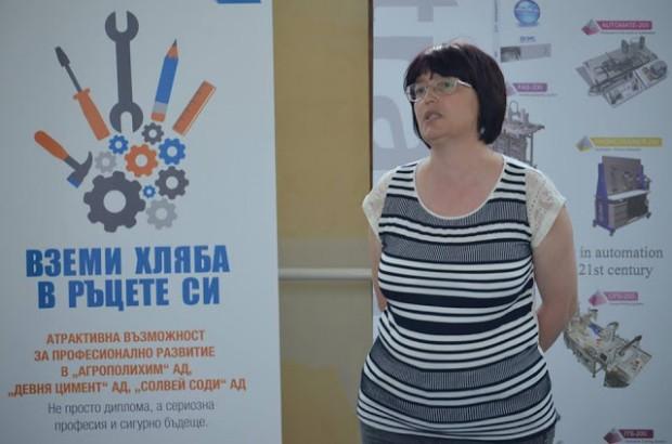Продължава кандидат-гимназиалната кампания за новите паралелки в Девня