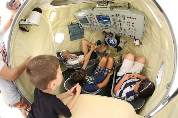 """""""Камчия"""" посреща шестима космонавти от три страни и два континента"""