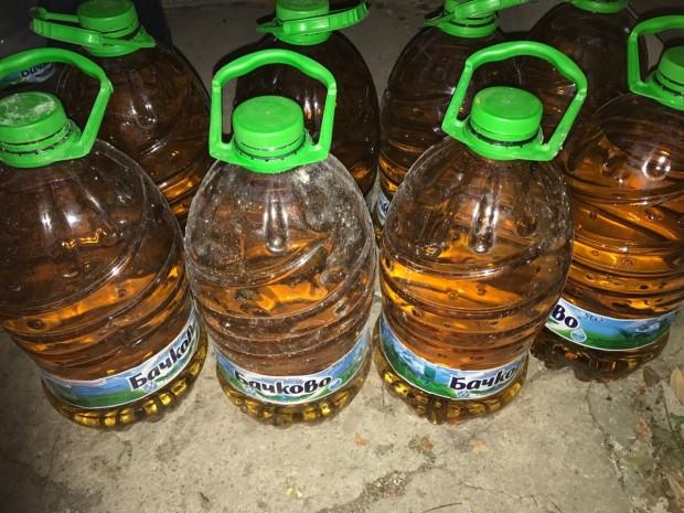 Близо 300 литра нелегален алкохол разкриха край Варна