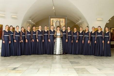 """Хор """"Космически гласове"""" с живо изпълнение във Варна"""