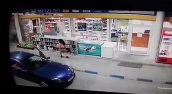 Девойка краде нагло на бензиностанция във Варна, но камерите я запечатаха