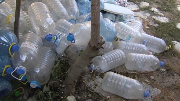 Десетки домакинства една година без вода заради свлачището между Златни пясъци и Кранево