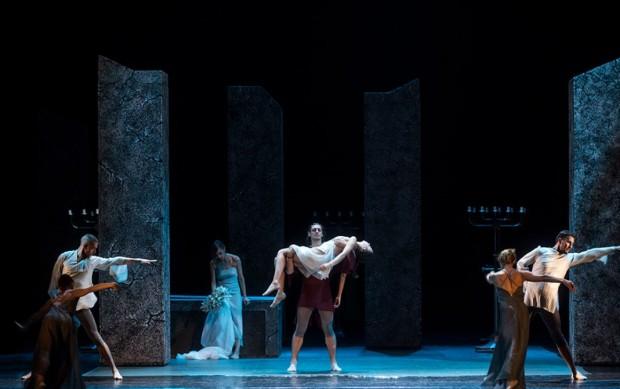 """Завладяващ спектакъл """"Ромео и Жулиета"""" за гостите на Албена"""