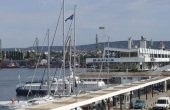 Ремонтират оградата и пътя край зоната за отдих до Морска гара-Варна