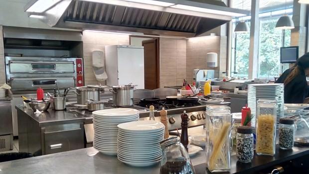 ОДБХ Варна заличи регистрацията на ресторант