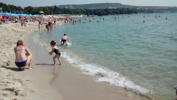 Дете е в болница след инцидент на Южния плаж във Варна