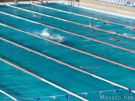 Започна записването за безплатното начално обучение по плуване за деца