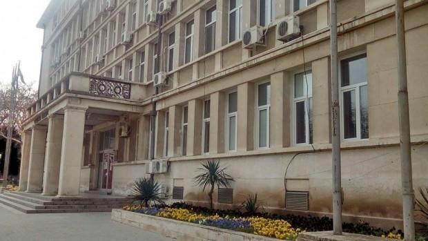 Съдът във Варна остави в ареста румънка, разследвана за пране на пари