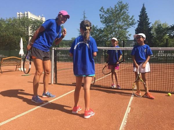 В Албена започна четвъртият камп на Драйзам тенис академия