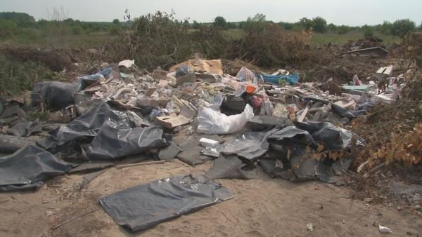 """Утайки от пречиствателна станция се изхвърлят на строителното сметище в """"Аспарухово"""""""