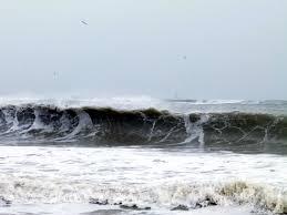 БЧК–Варна: При попадане на мъртво вълнение трябва да се плува успоредно на брега