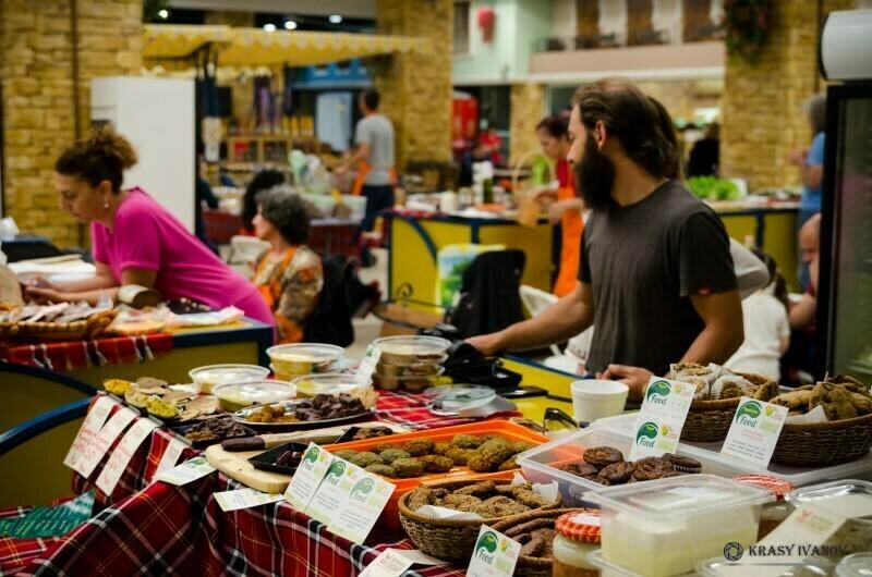 """Защо чужденците наричат """"турския"""" един от варненските пазари"""