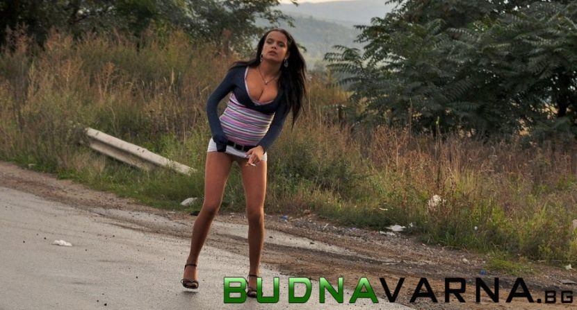 Проститутка е била пометена от джип край Варна