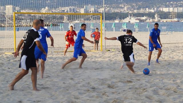 Варненски финал на държавното по плажен футбол