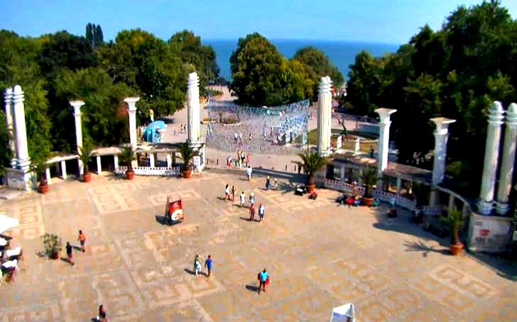Концерт на входа на Морската градина във Варна за Деня на независимостта