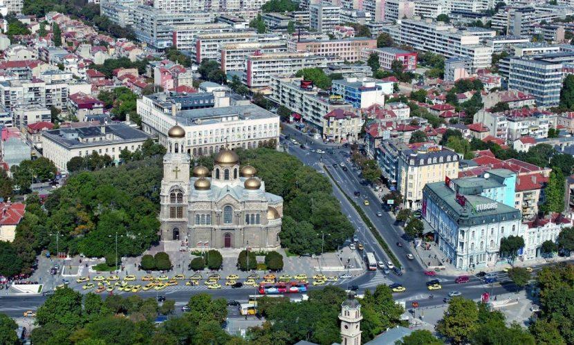 Най-бързо поскъпват жилищата във Варна
