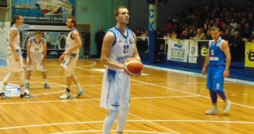 Гард на Черно море Тича скочи на треньорите на Лукойл