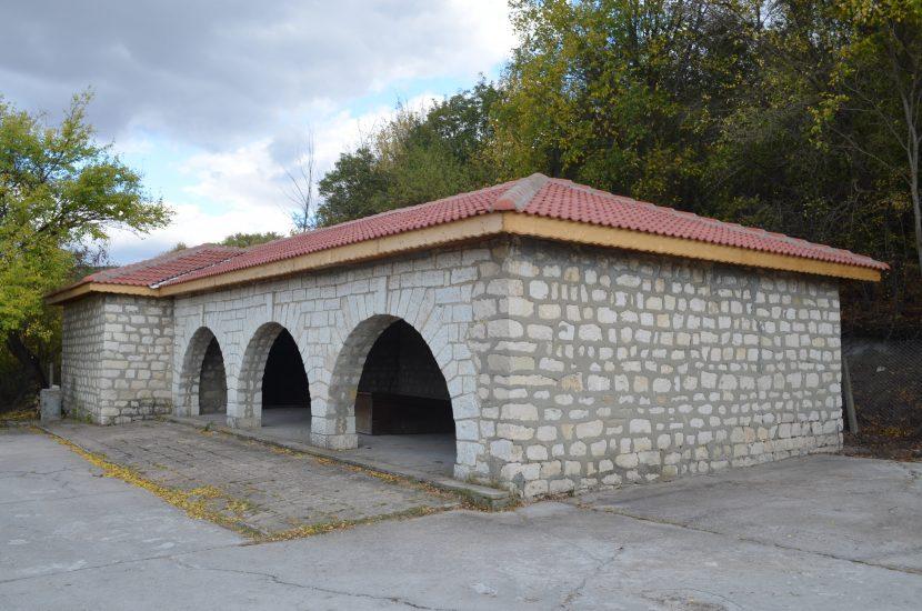 Обновяват гробищните паркове на територията на община Девня