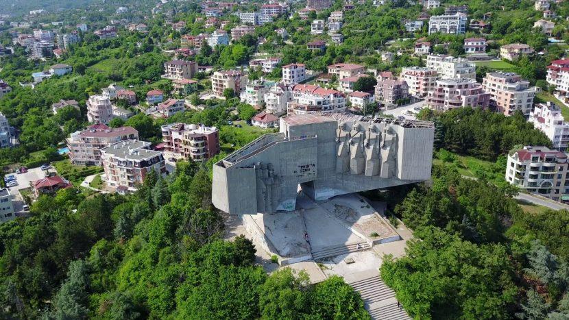 България и Русия да решат бъдещето на паметника на Почивка, поиска експерт