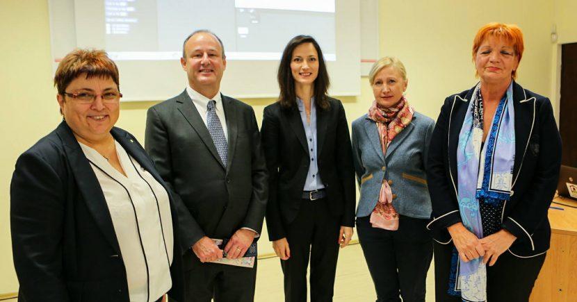 Заедно с българския еврокомисар Мария Габриел народният представител от ГЕРБ Емилия Милкова се включи в Европейската седмица на програмирането