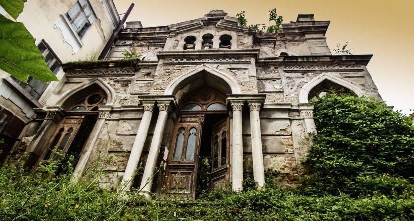 Тайнствената изоставена синагога на Варна (снимки)
