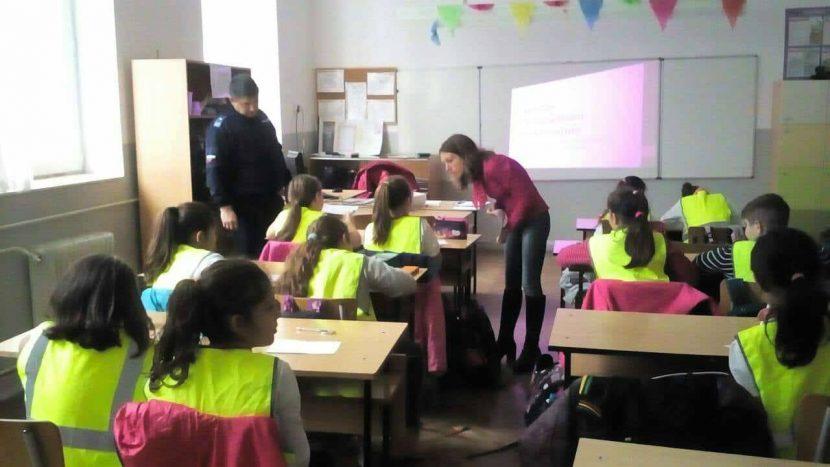 """Децата от детските полицейски управления на Варна и областта стартираха обучението си по модул """"Социални умения"""""""