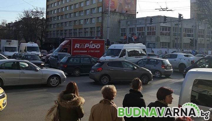 Големи задръствания на Червения площад (снимки)