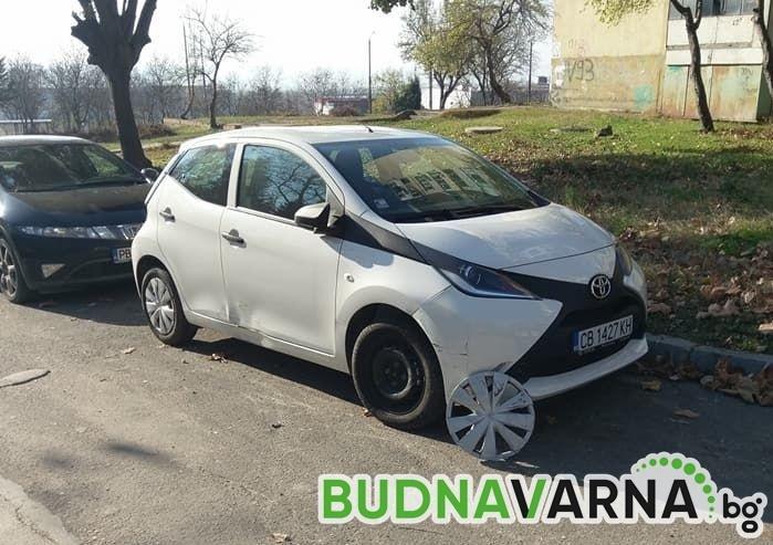 Читател на Будна Варна: Моля ако някой е видял човека унищожил цялата дясна част на автомобила да даде информация