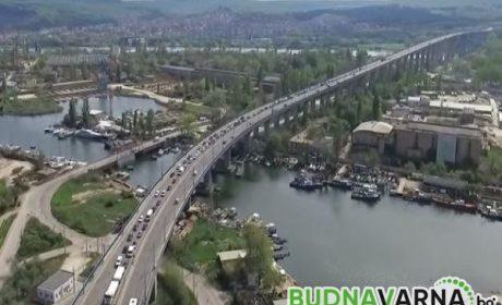 Възстановяват осветлението на Аспаруховия мост след кражби и вандализъм