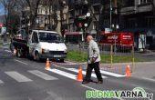 80-годишен шофьор мина през крака на пешеходец