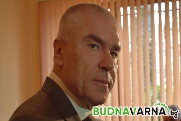 Президентът Радев окрал Марешки