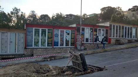 """Варненец: Подмяната на канализацията в """"Ален мак"""" се бави, вървим километри до автобусни спирки"""