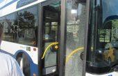 Шофьорка отне нагло предимството на автобус във Варна