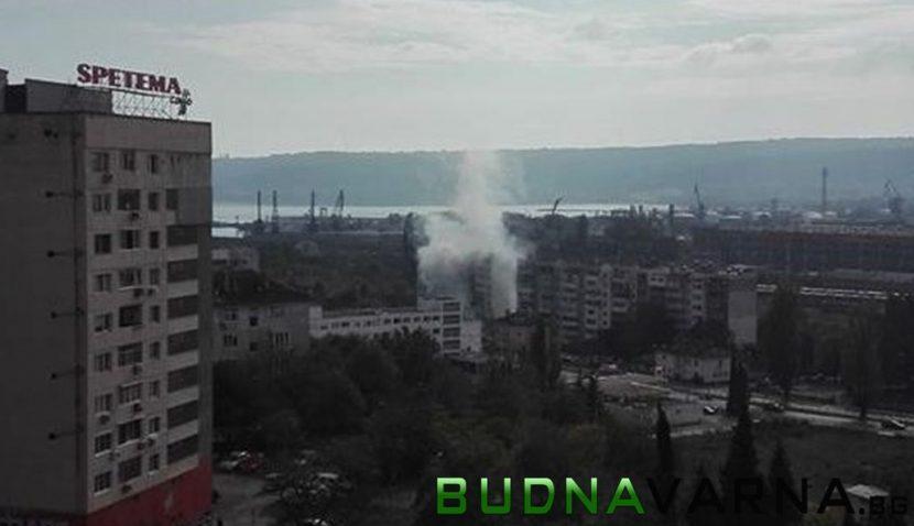 """Читател на Будна Варна: гори блок на улица """"Девня"""""""