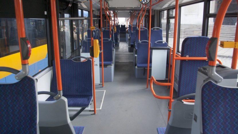 Шофьор към пътници във варненски автобус: Няма да ви чакам да ми се лигавите, не виждате ли, че бързам!