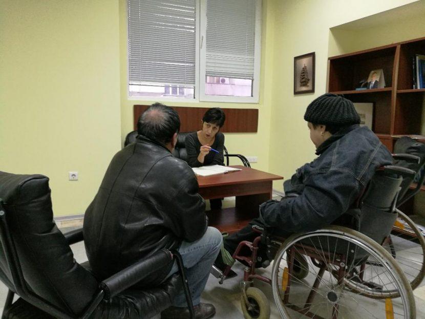 Народният представител от ГЕРБ-Варна Нели Петрова проведе приемен ден с граждани