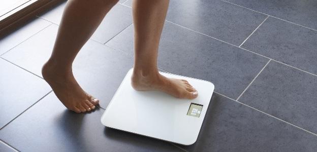 Таблица за жени: Колко килограма трябва да сте според структурата, възрастта и височината?